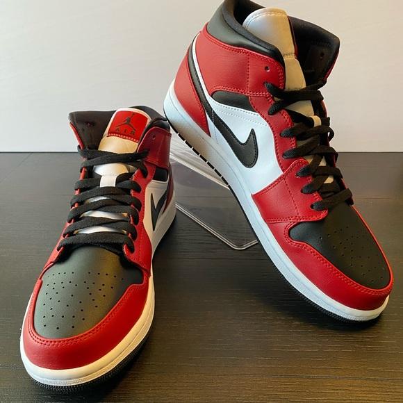 Nike Shoes Air Jordan 1 Mid Chicago Black Toe Poshmark